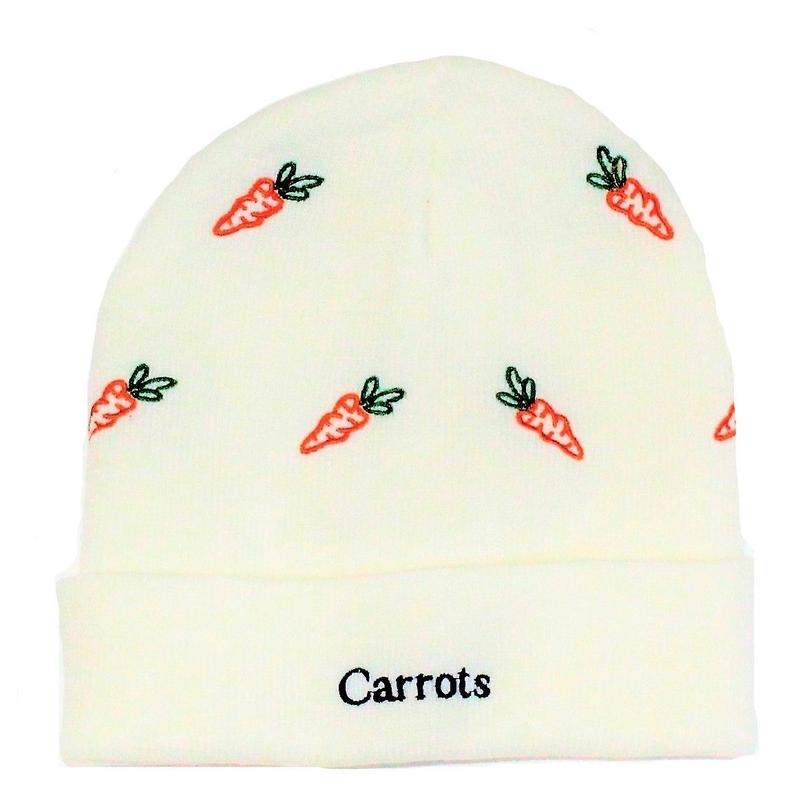 CARROTS ALL OVER BEANIE  WHITE