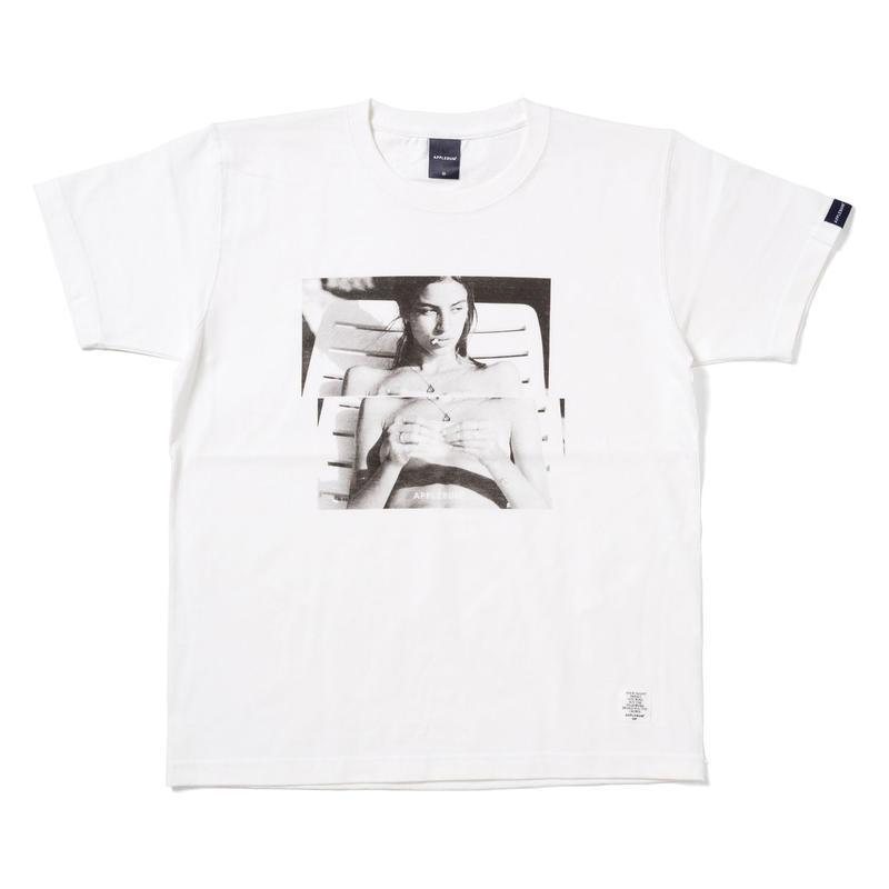 "【APPLEBUM】""Chill"" T-shirt"