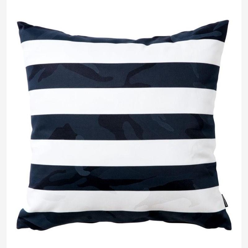 【APPLEBUM】Camo Border Cushion