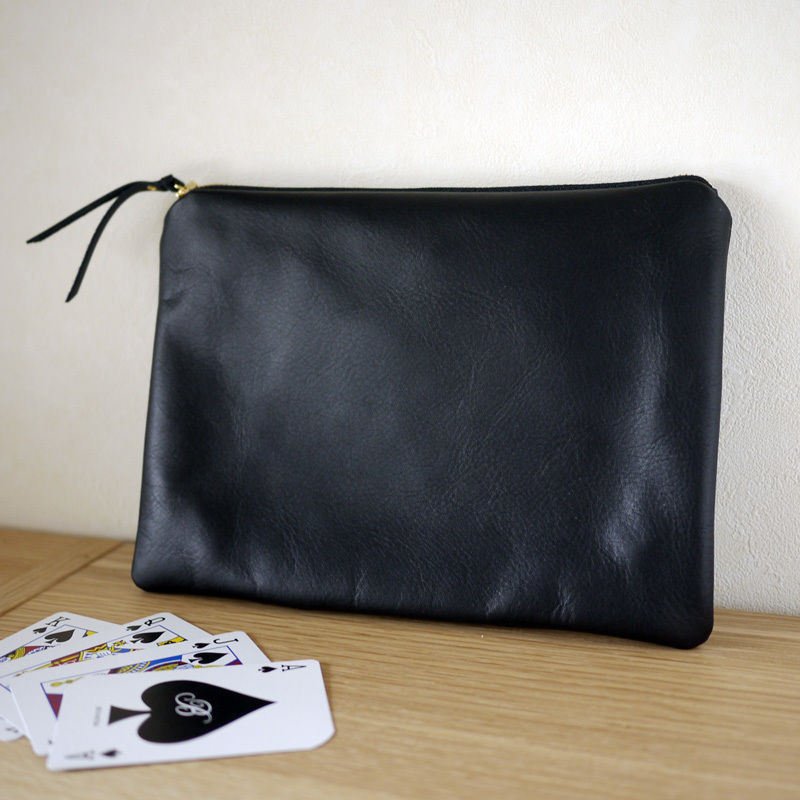 NEW Pouch / L Black