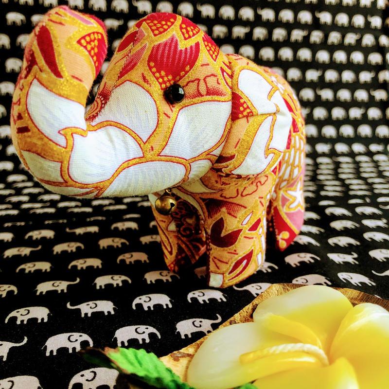 エスニック花柄 象のぬいぐるみ 15x10x6