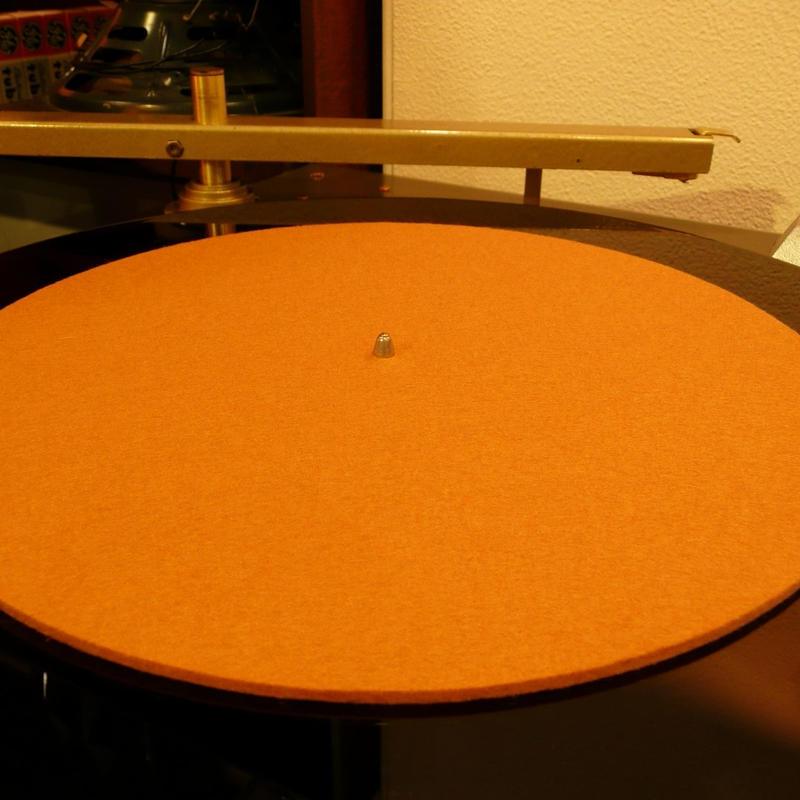 12インチ用ターンテーブルシート[Φ290mm 3mm厚/純毛フェルト染色GB]