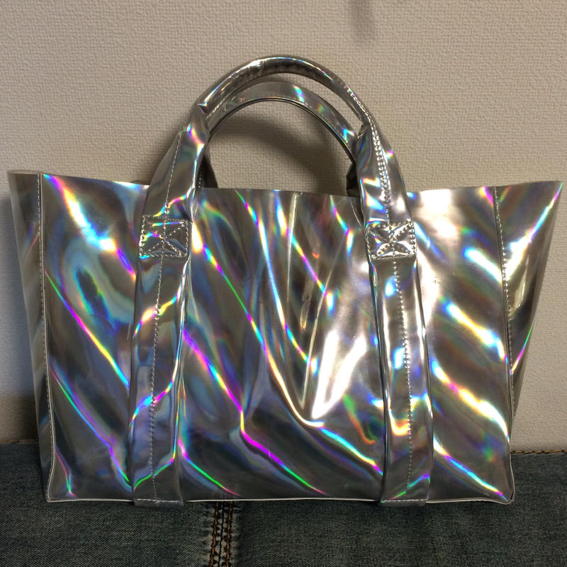 Large mirror holographic tote
