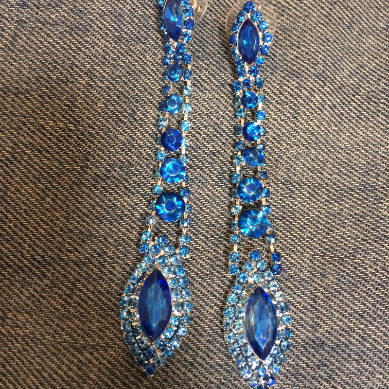 Long stoned earrings