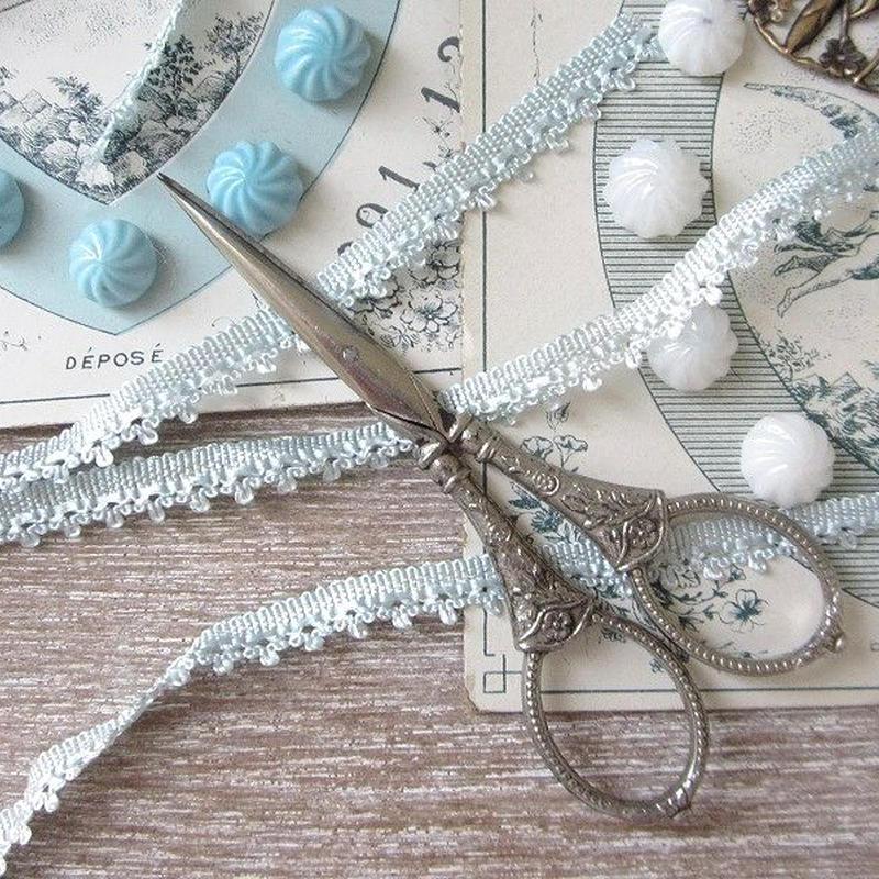 花モチーフのシルバーお裁縫ばさみ