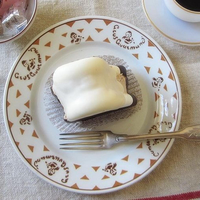 リュネヴィルの食いしん坊君モチーフ平皿(小)
