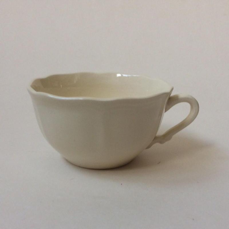 1970年代 サルグミンヌ ティーカップ 花リム クリーム色 1