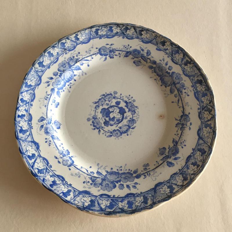19世紀後半 クレイユ・エ・モントロー  デザート・プレート  ヴィーニュ  ぶどう柄