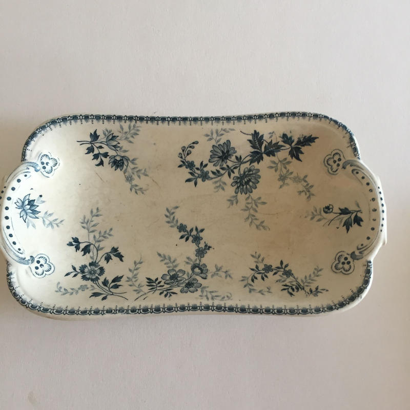 19世紀 リュネヴィル? ビレロイ・ボッホ? ラヴィエ  小花柄 ブルー1