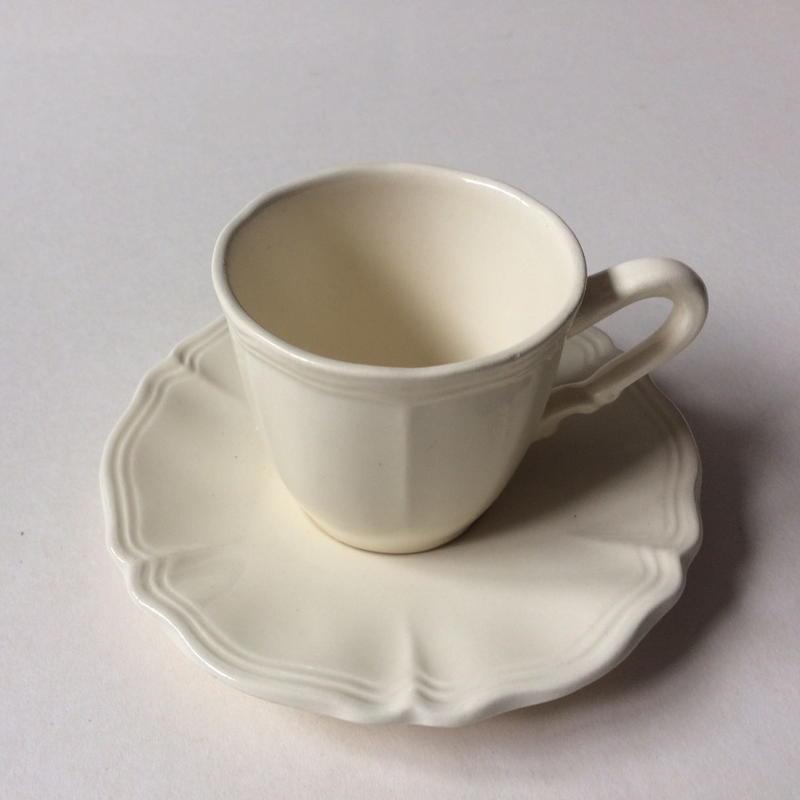 1970年代 サルグミンヌ カップ&ソーサー 花リム クリーム色 8