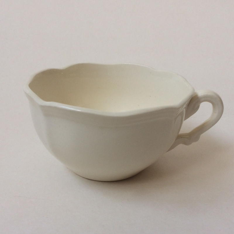 1970年代 サルグミンヌ ティーカップ 花リム クリーム色 3