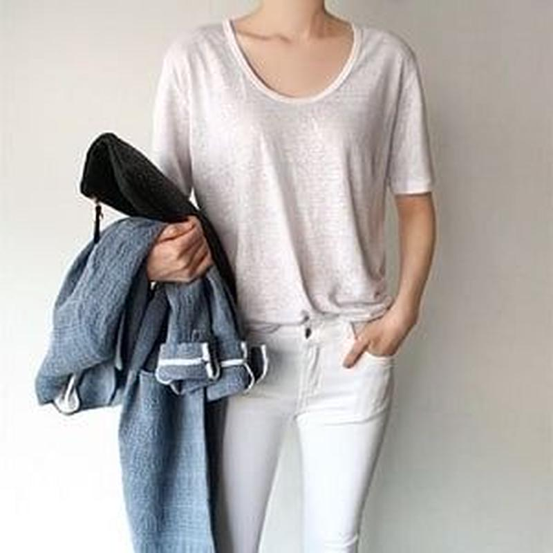 ✱︎ WHITE シンプルTシャツ ✱︎