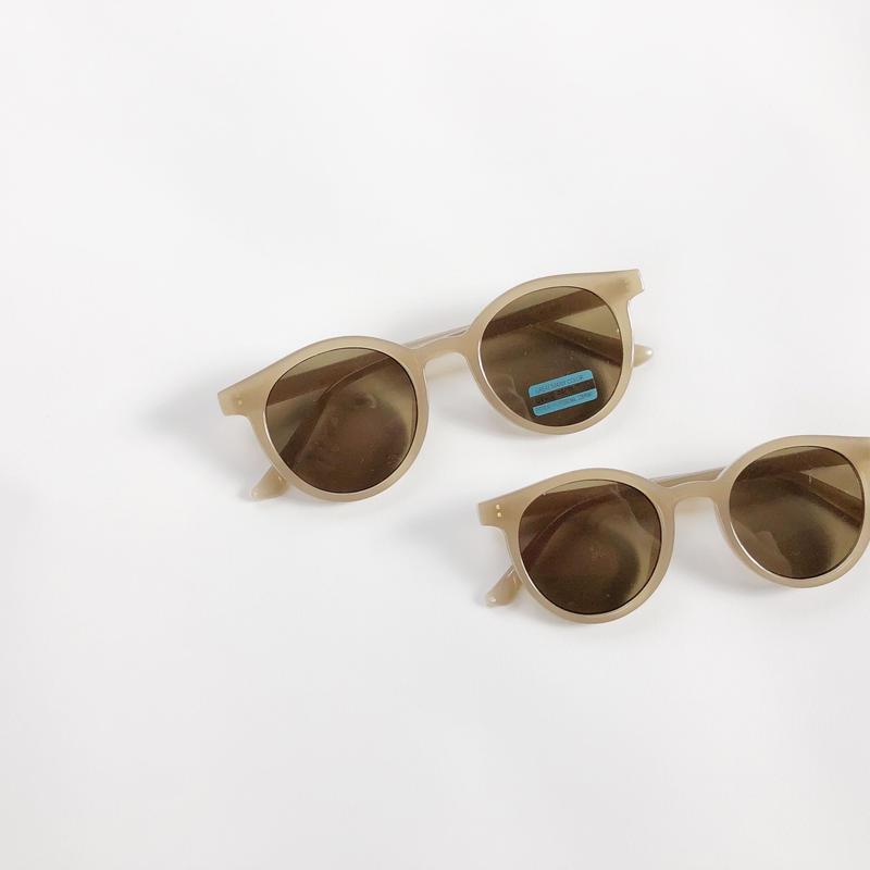 【ladies】pair simple sunglasses(メガネケース付き)