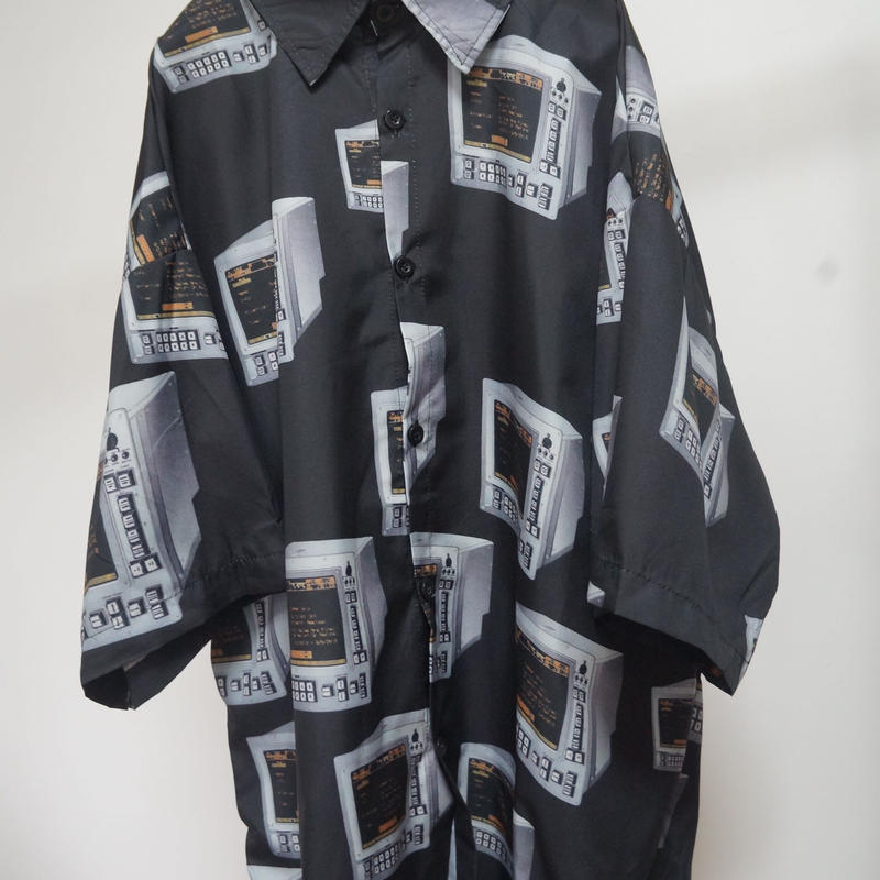 TV Maniacs shirt