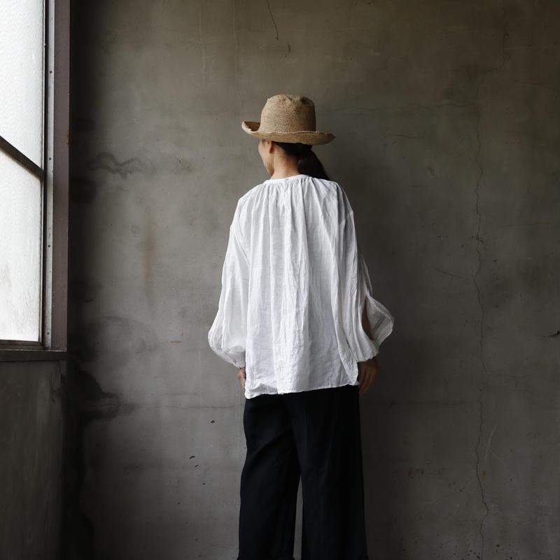 cavane キャヴァネ /   French linen Smock blouseスモックブラウス / ca-19050