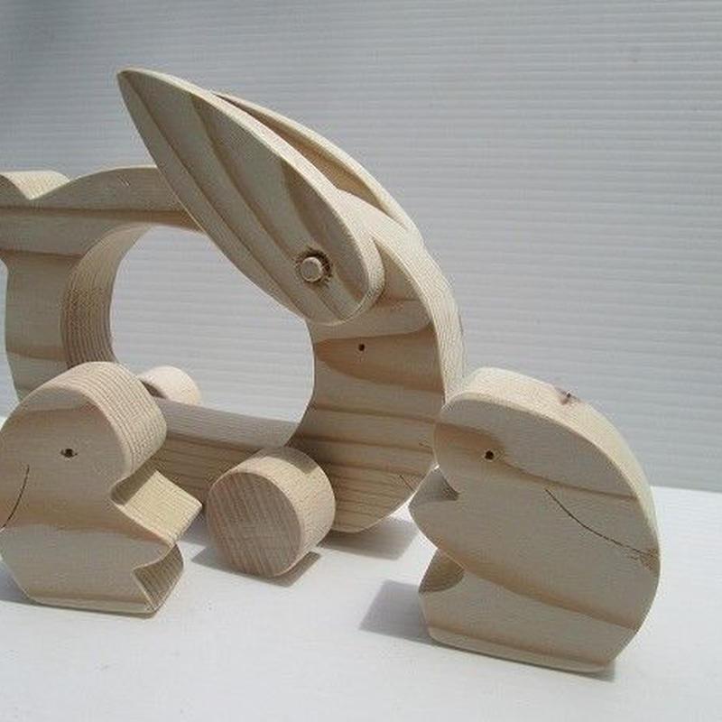 ウサギの車組み木