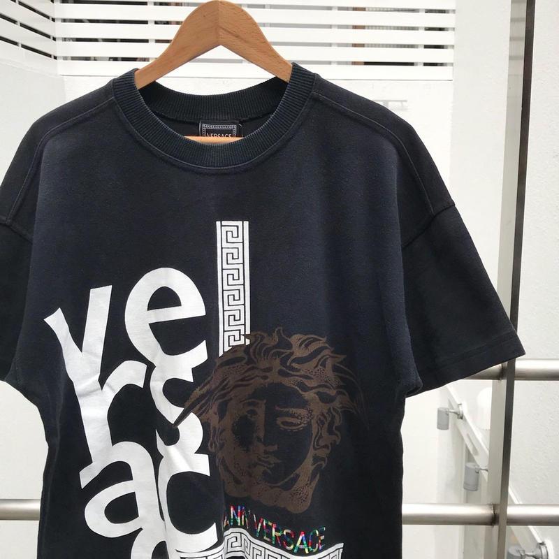 GIANNI VERSACE/ジャンニベルサーチ Tシャツ 90年代 (USED)