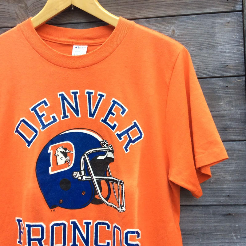 Champion/チャンピオン DENVER BRONCOS Tシャツ 80年代トリコタグ Made In USA ( USED)