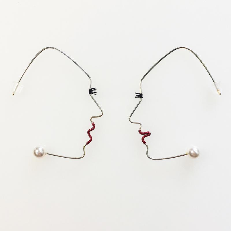 SF wire earring/シルバーフィールドワイヤーピアス 横顔 阿吽ペア