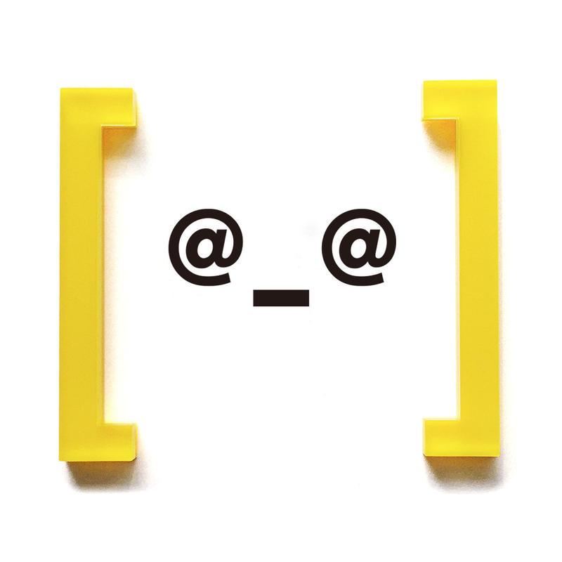 Bracket earrings[角カッコ]のピアス ・イヤリング/カラー系