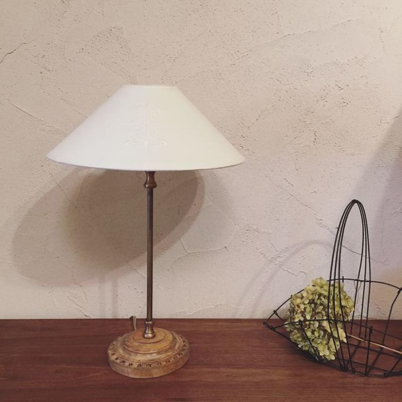 コントワール・ドゥ・ファミーユ   テーブルランプ