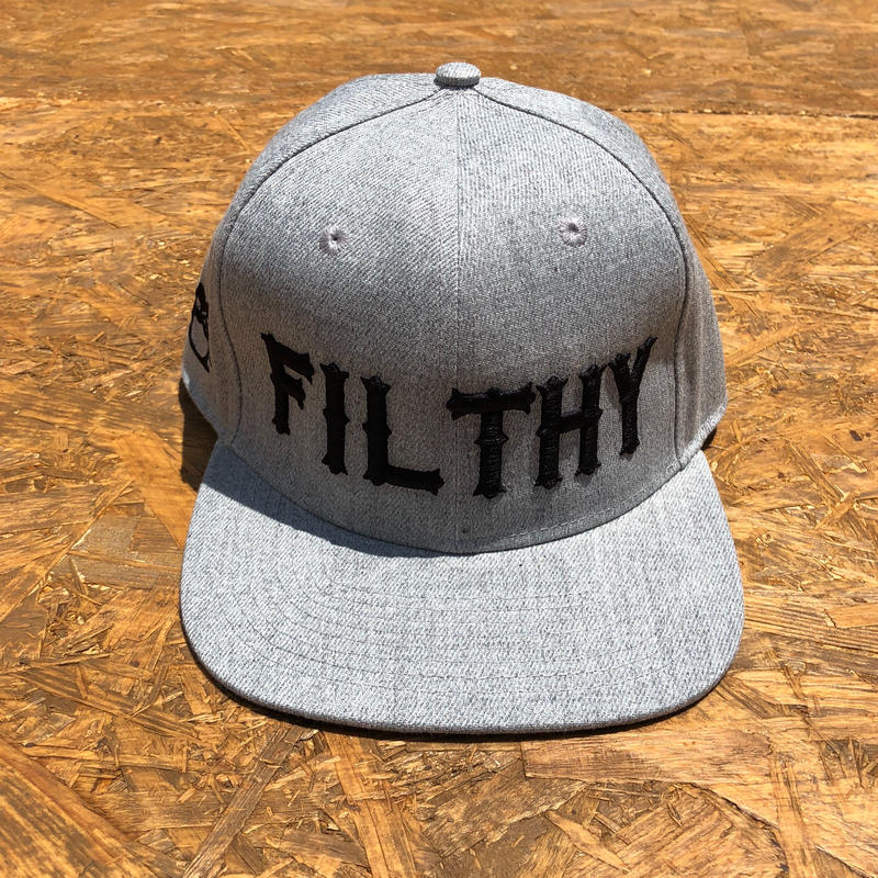 FILTHY HAWAII   Snap back Cap   グレー/ブラック