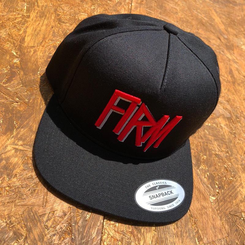 THE FIRM     スナップバックキャップ ブラック/レッド