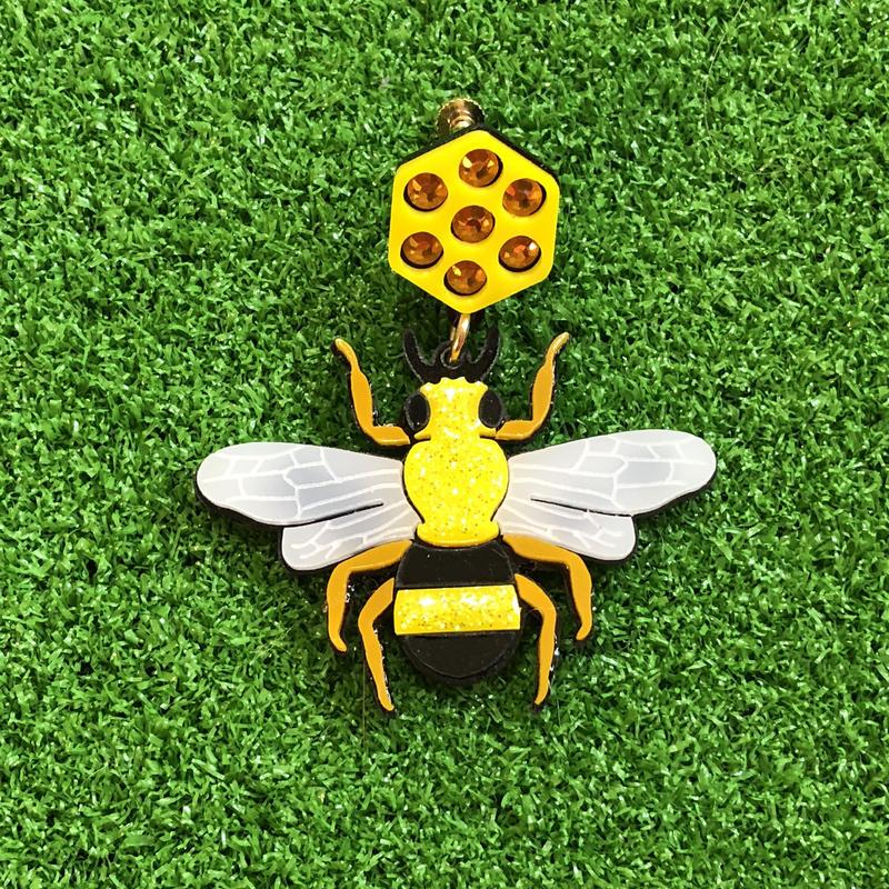 Bee piercing/earring/brooch