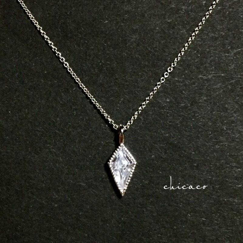 ジルコニアダイヤカットペンダントネックレス