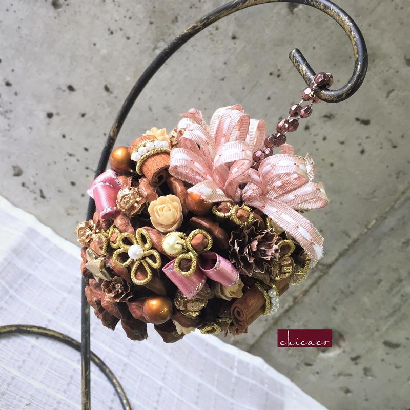 🌳木の実のハンギングアレンジメント pinecone