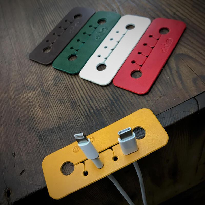USBケーブル デスククリップ(送料無料)