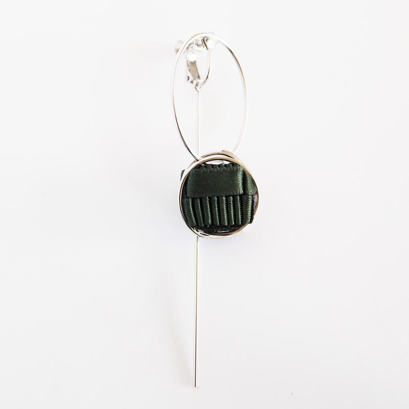 Ripple / Clip on Earring Khaki イヤリング
