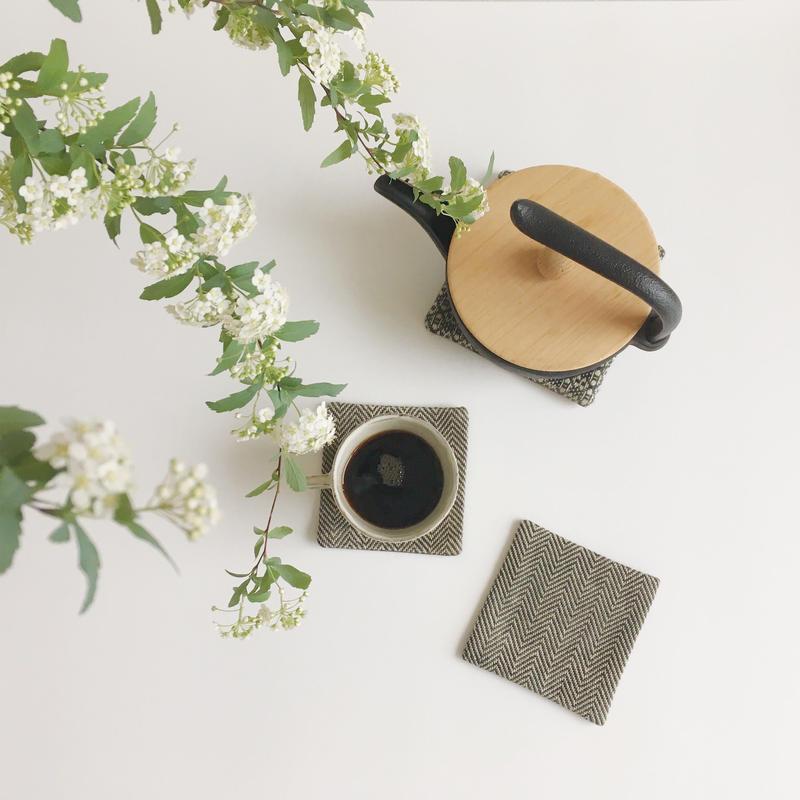 手織りコースター ( Coaster  Herringbone Linen)