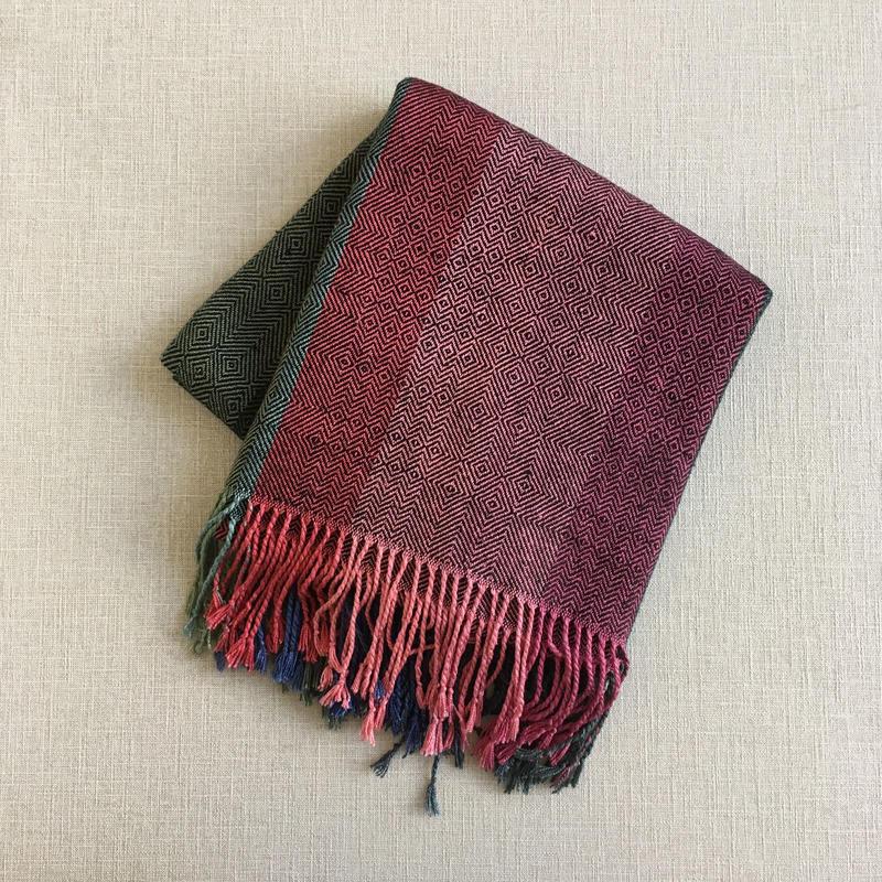 【オリジナル収納袋付き】手織りのシルクショール ( バーズアイ )