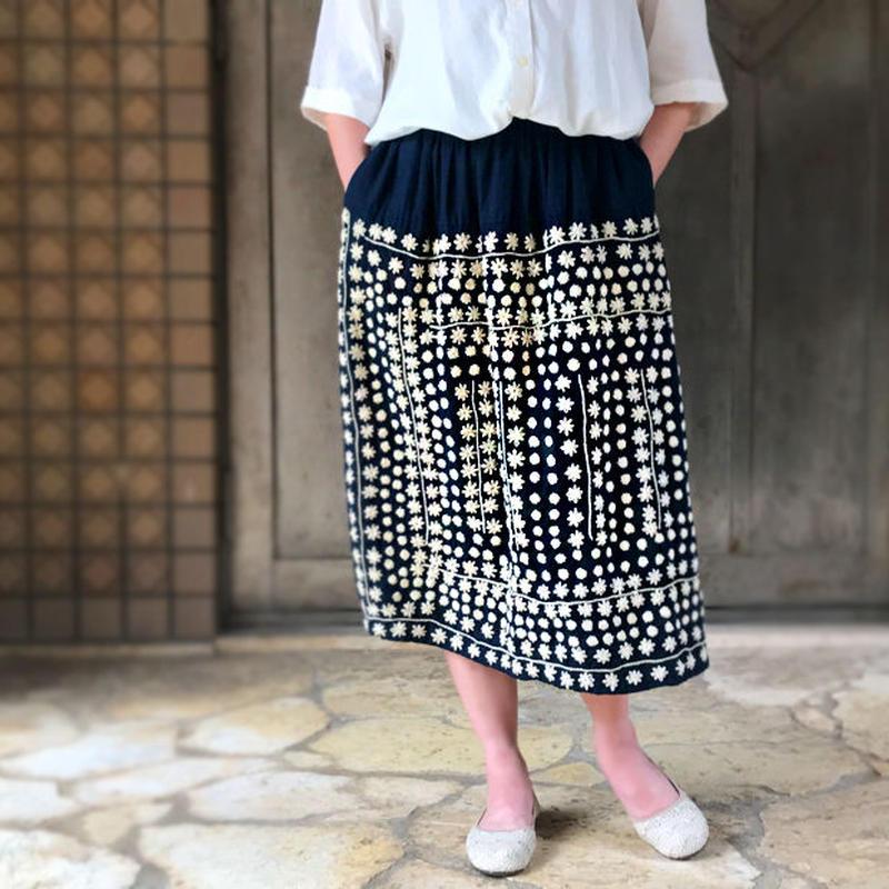 手縫いソフトヘンプの刺し子ギャザーロングスカート、ウエストフリーサイズ