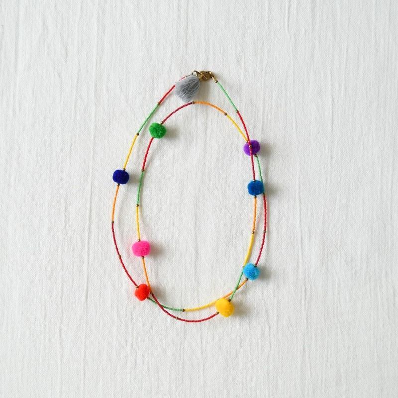 モン族 ポンポン付きネックレス(a)
