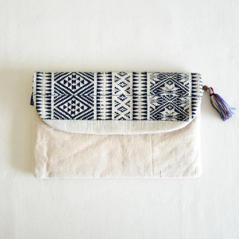 ミャンマー・チン族  手織り布クラッチバッグ(e)