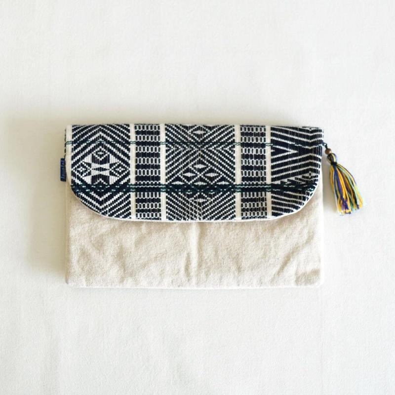 ミャンマー・チン族  手織り布クラッチバッグ(d)