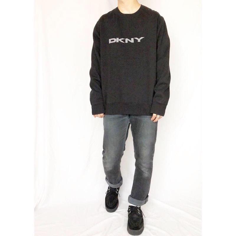 1990's~ DKNY ダナキャラン ニューヨーク ブラック 刺繍スウェット / 古着 ビンテージ
