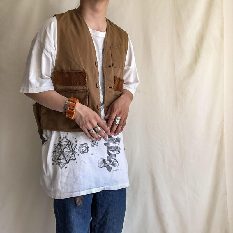 "Vintage 1960's~ ""NESCO"" hunting vest"