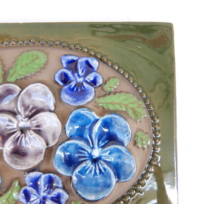 ジィ・ガントフタ Jie Gantofta 陶板(L) 青い花