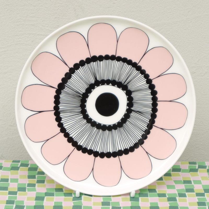 マリメッコ marimekko <Kestit>プレート20cm(ピンク)日本限定カラー