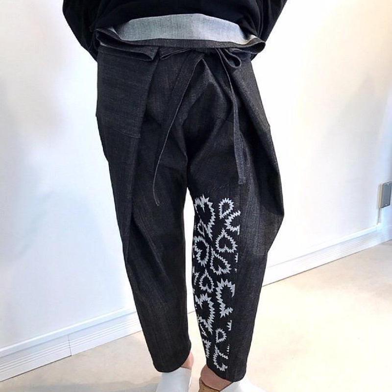 print denim thai pants