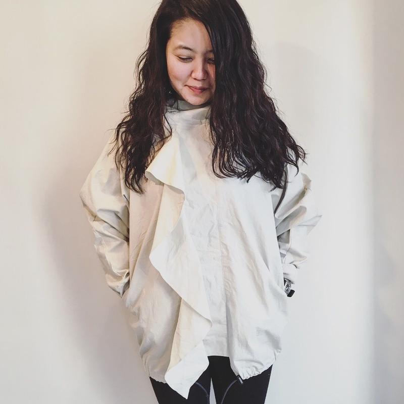 Frill pullover
