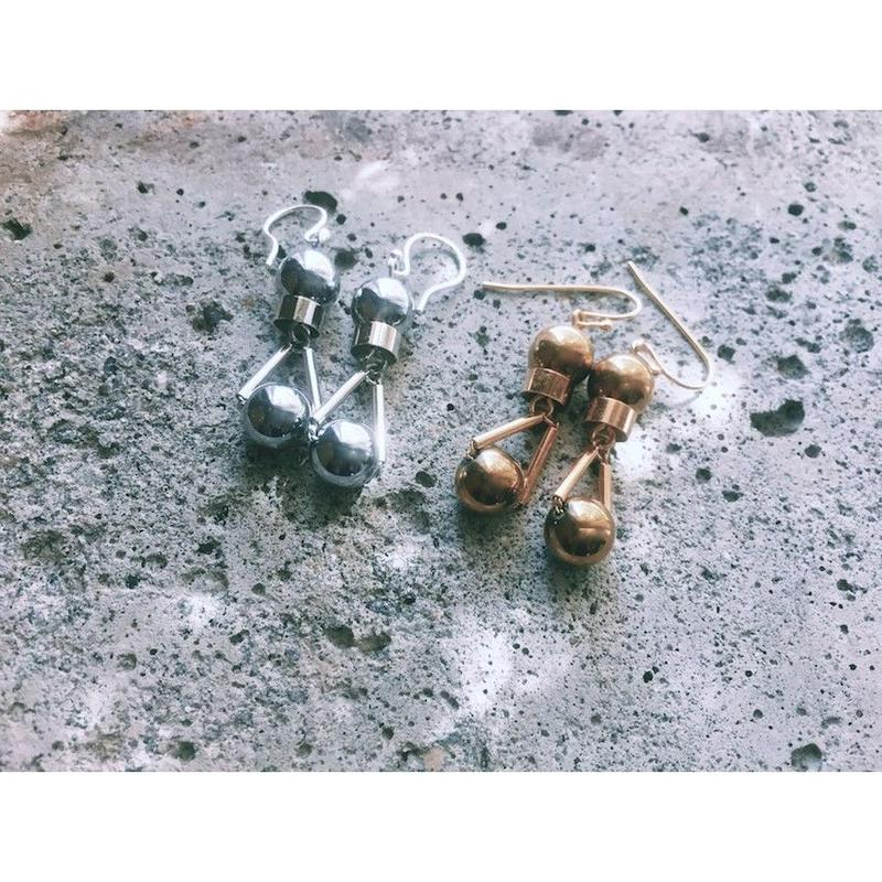 """PARTICLE"" EARRINGS  -  GOLD / SILVER"