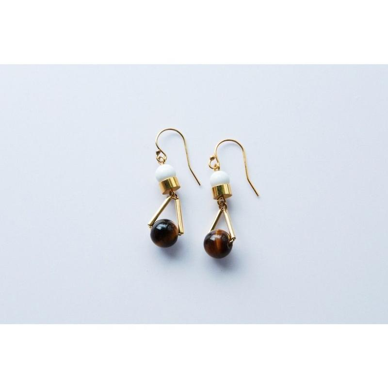 """PARITCLE"" EARRINGS  -  TIGER'S EYE x HOWLITE"