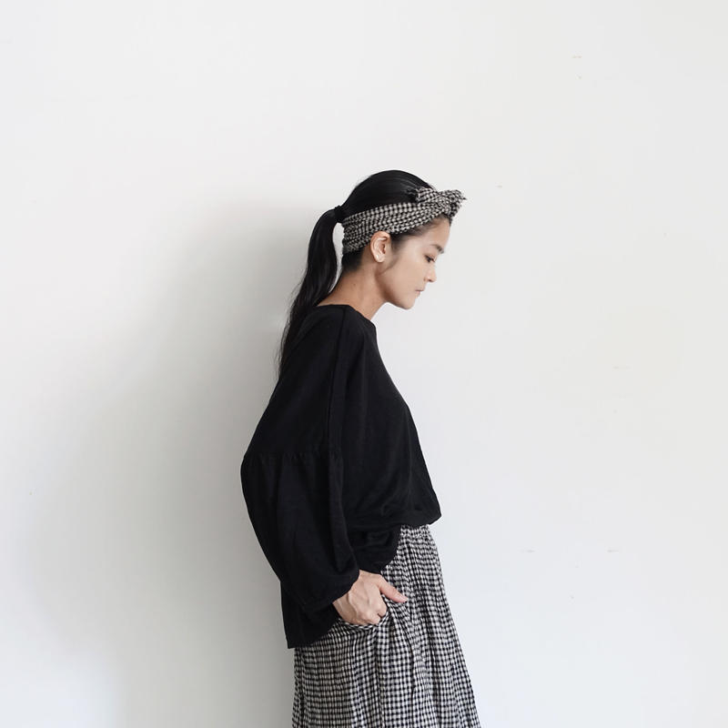 18-0043  Linen Puff Sleeve Pullover  / BLACK