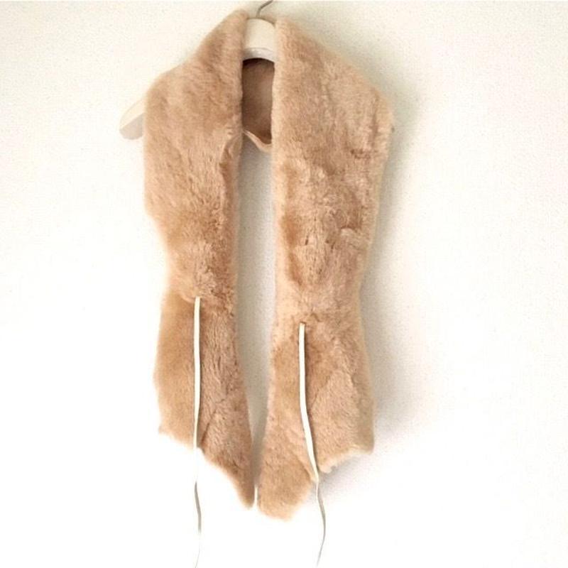 BOUTIQUE  mouton  scarf