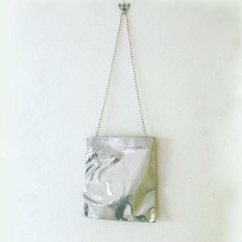 BOUTIQUE metallic leather pochette TJZ-3303