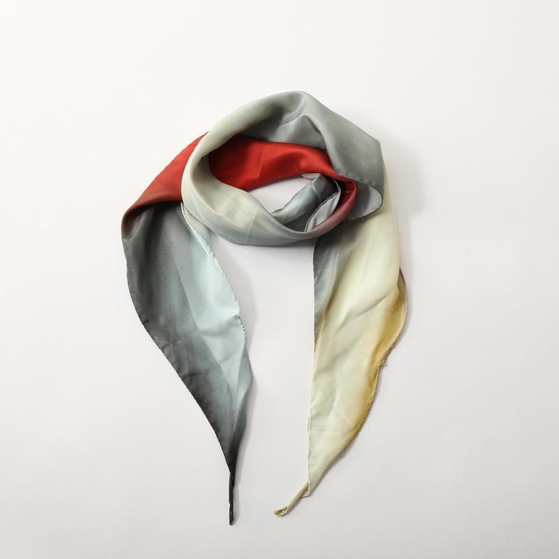 オーセンティックなバンダナ/スカーフ